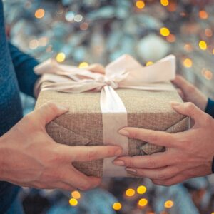هدیه دادن