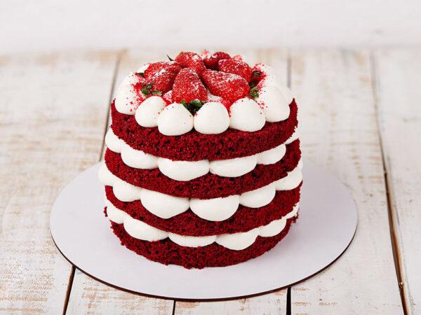 کیک سابله توت فرنگی