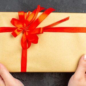 هدیه دادن بدون مناسبت